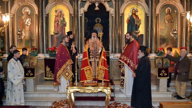 Πρωτοχρονιάτικη βραδινή Θεία Λειτουργία στο Μητροπολιτικό Ναό της Αλεξανδρούπολης