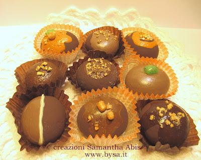 bomboniere sassi dipinti cioccolatini
