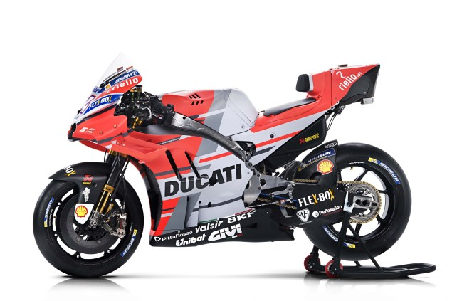 Okay. So, This Isnu0027t The Desmo GP18, But Thatu0027s Not The Point. This Is All  About The NEW Livery Design. And I Have To Say, The Red, White, And  Silver/gray ...