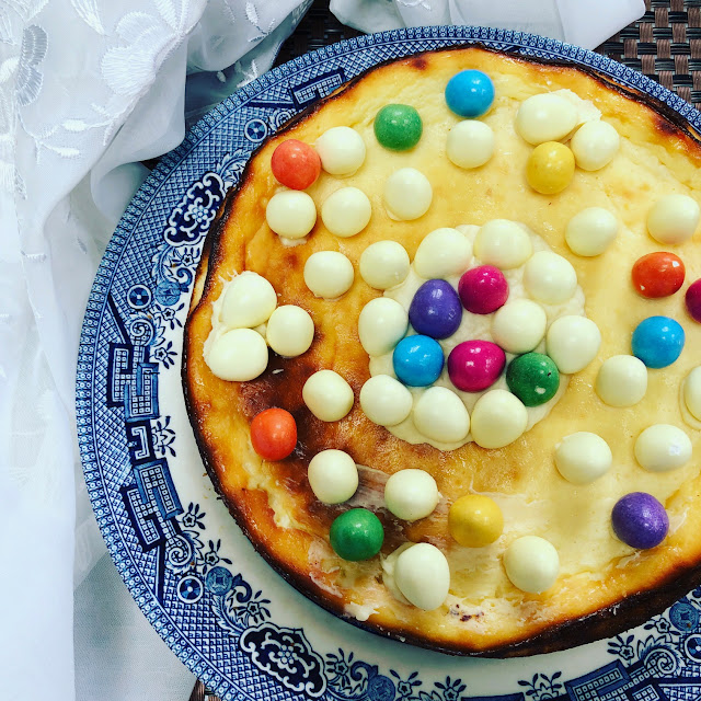 Easter cake, lemon cheesecake