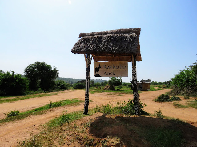 Rwakobo Rock lodge sign in Uganda