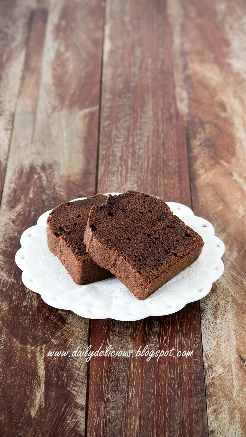 dailydelicious: Chocolate Pound Cake