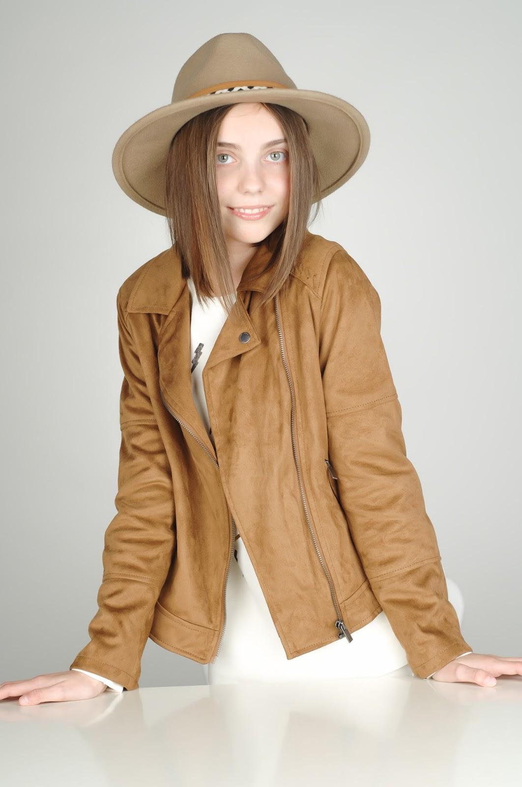 cazadora ante, chaqueta cremalleras, estilo indiana, zara