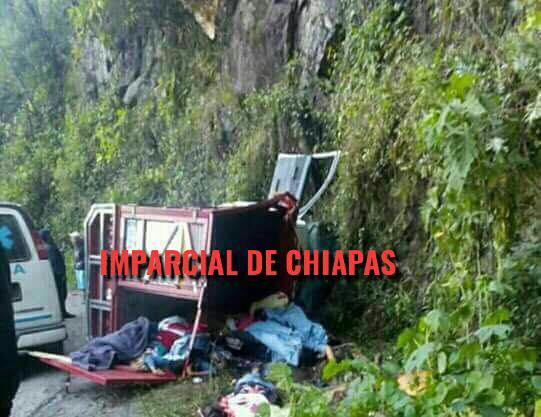 Mueren 18 guadalupanos en accidente