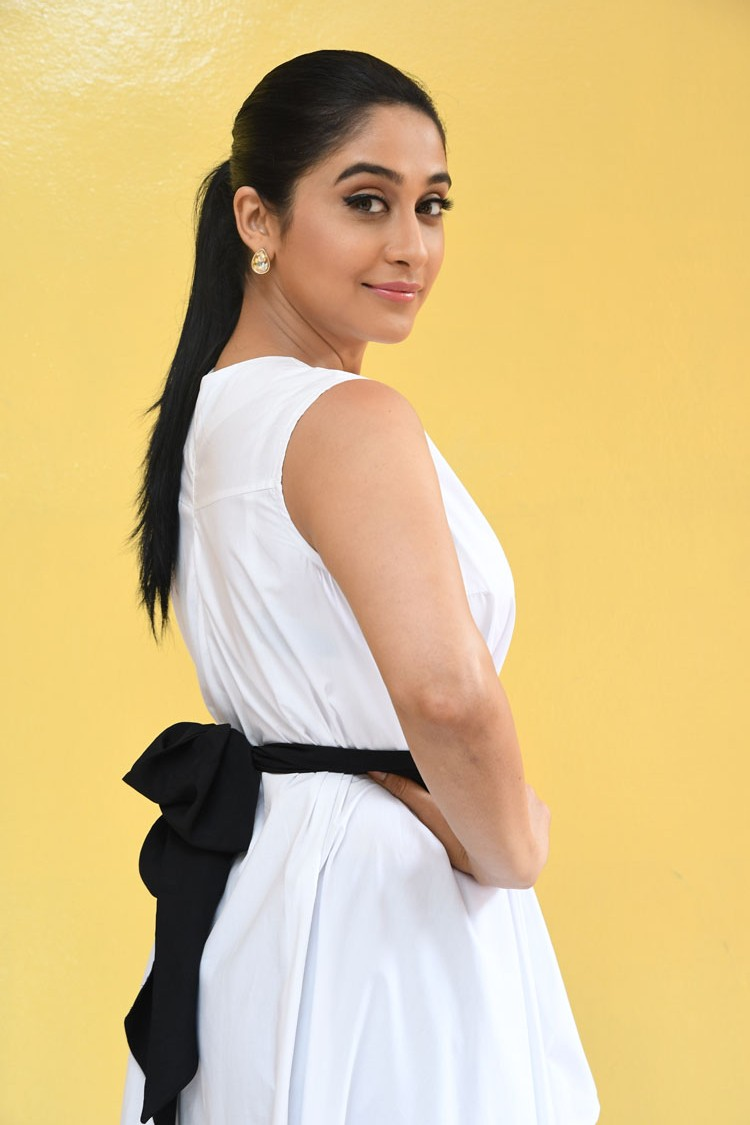 Regina Hot In White Dress Photos
