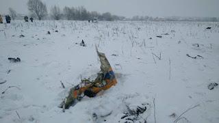 Avião cai na Rússia e mata 71 pessoas que estavam a bordo