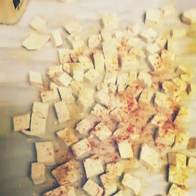 Adding spices to tofu