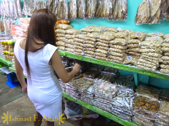 My Beloved Wife Lei checking out the dried fihes in Puerto Princesa Public Market