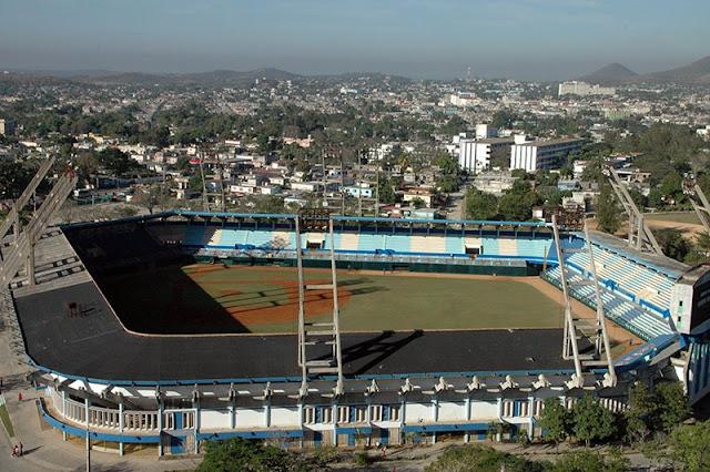 El equipo de Holguín enfrentará a una selección de veteranos peloteros norteamericanos, los días 15 y 17 de febrero en el estadio Calixto García