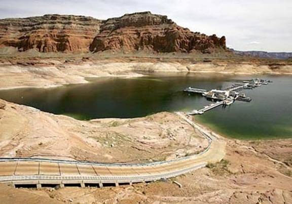 The Guzzler Dry Southwest slurps up surging water supply