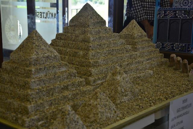 materyal tasarım mısır piramitleri
