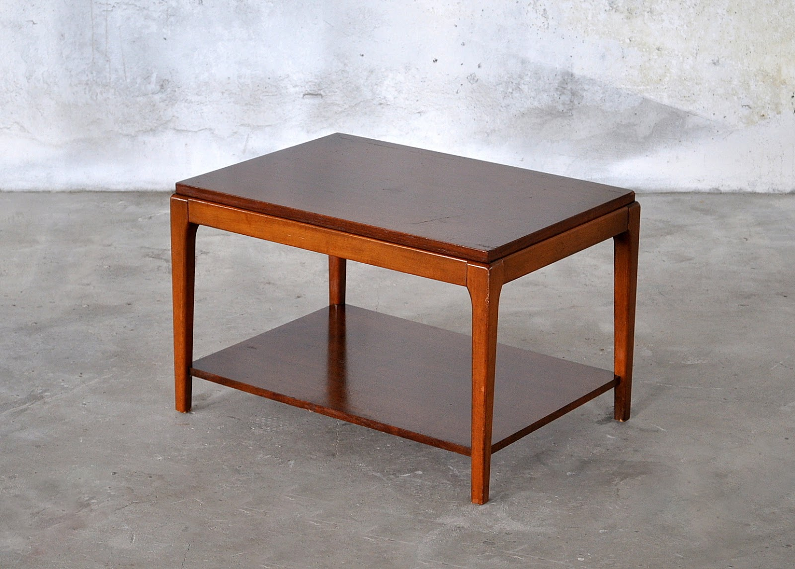 SELECT MODERN: Mid Century Modern Side / End Table / Small ...