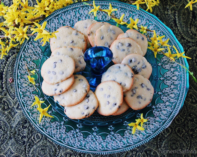 Persian Raisin Cookies