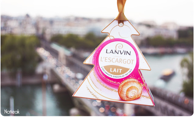 chocolats Lanvin  décoration à suspendre en forme de sapin
