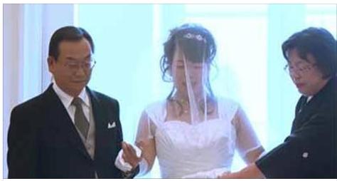 منذ 8 سنوات، علم هذا الرجل أنه لن يستطيع أن يتزوج حب حياته. ما فعله خلال هذه السنوات، جعل الناس كلهم يبكون.