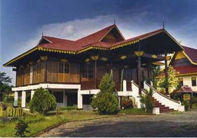 Keindahan Rumah Adat Riau