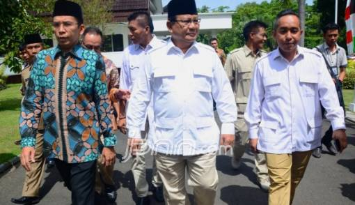 TGB Dukung Jokowi, Anak Buah Prabowo Tetap Percaya Diri