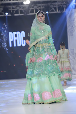 ali-xeeshan-bridal-wear-collection-at-pfdc-l-oreal-paris-bridal-week-2016-5