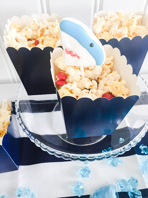 Easy shark party snack. Cute shark lollipops!