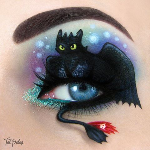 02-Toothless-How-to-Train-your-Dragon-Tal-Peleg-Body-Painting-and-Eye-Make-Up-Art-www-designstack-co