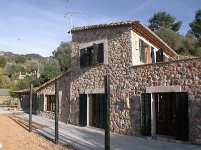 stone style house 21