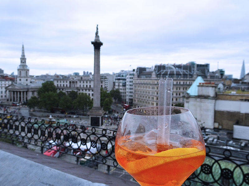 VISTA_Rooftopbar_London_Trafalgar_Cocktail