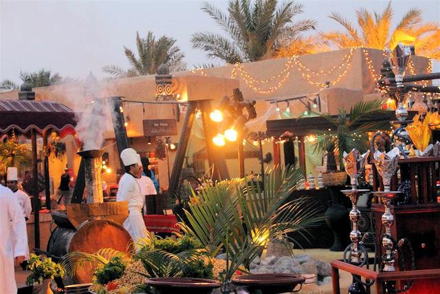 Desert Restaurant Al Hadheerah (C) JUREBU