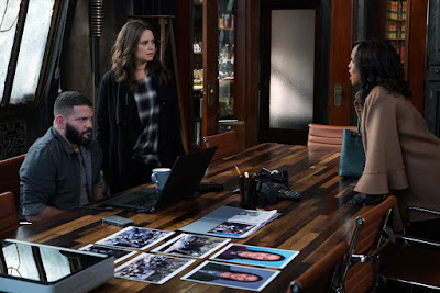Guillermo Diaz, Katie Lowes and Kerry Washington in Scandal Season 6 (20)