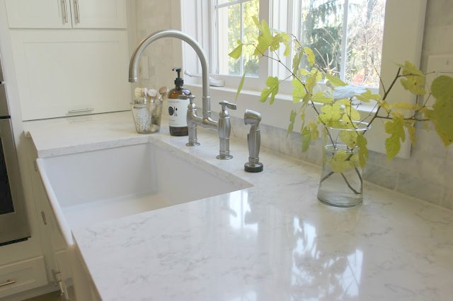 Choosing The Perfect Quartz Color For Countertops Hello Lovely - Quartz countertops colors for kitchens