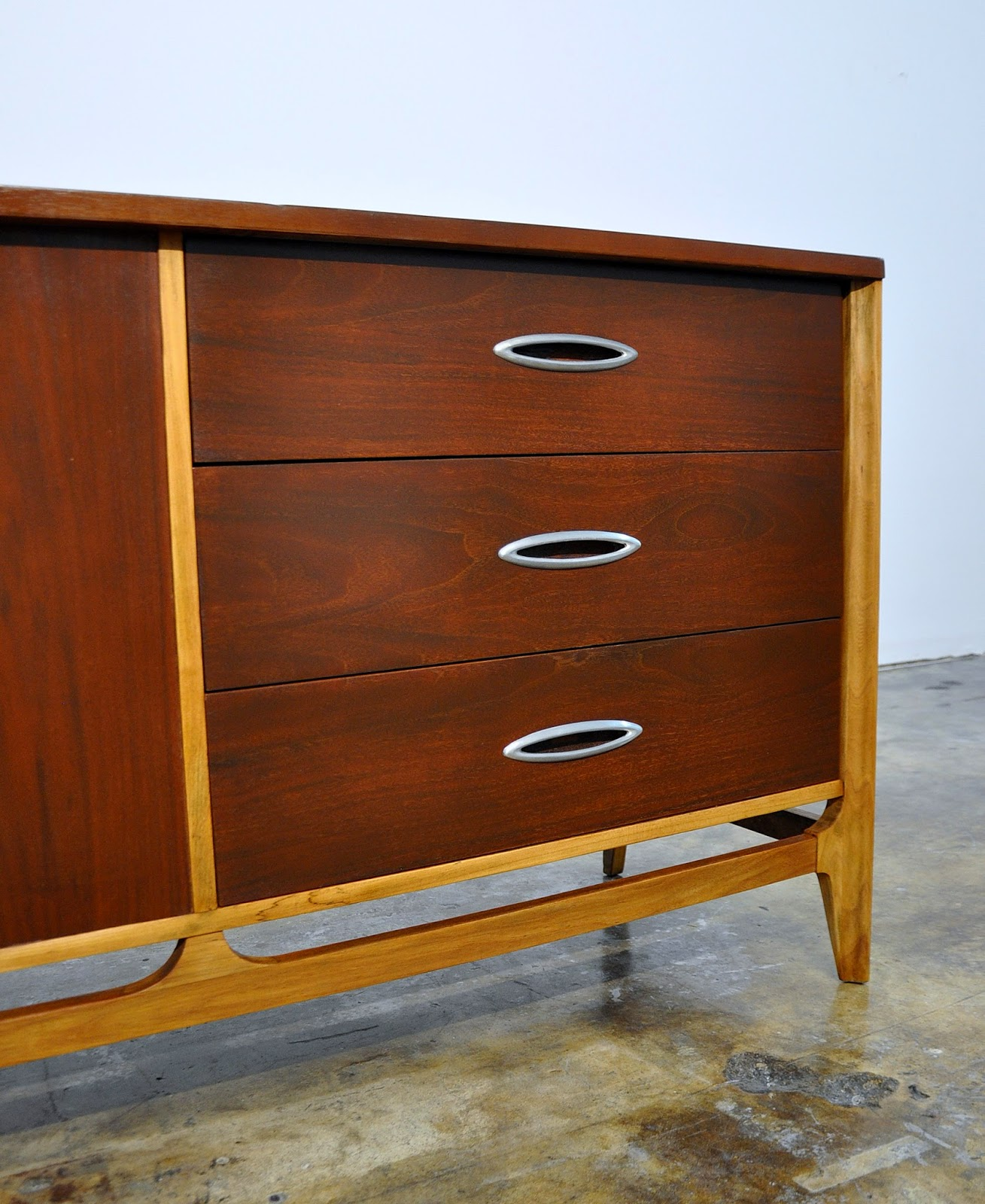 Mid Century Modern Split Level 1956 Edition Better Homes: SELECT MODERN: Mid Century Credenza, Bar, Buffet Or Sideboard