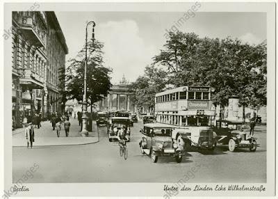 Berlin street 1927