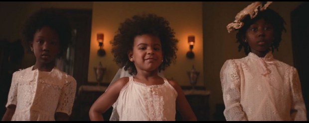 blue ivy fro steals show