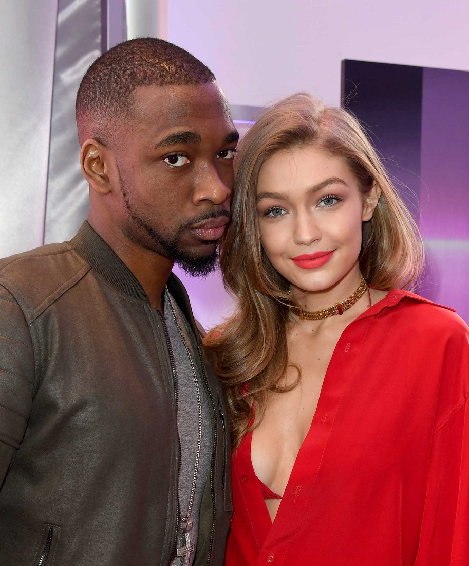 Gigi Hadid bares cleavage at the 2016 American Music Awards Rehearsals