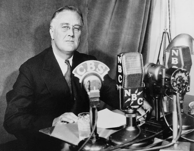 FDR fireside chat lecturn