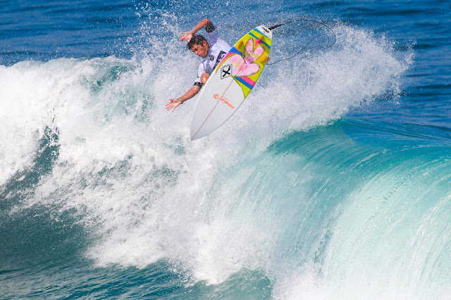 11 Krystian Kymerson BRA 2015 SATA Azores Pro Foto WSL Laurent Masurel