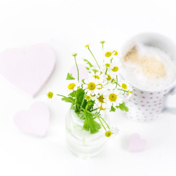 Kaffee und Kamille