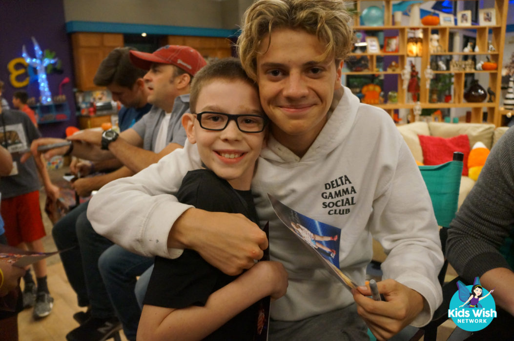 Nickalive dylan becomes the superhero of his dreams on and off the kids wish network flew dylan and his family to los angeles california dylan felt like a hollywood celebrity with all of his vip treatment on his big day m4hsunfo