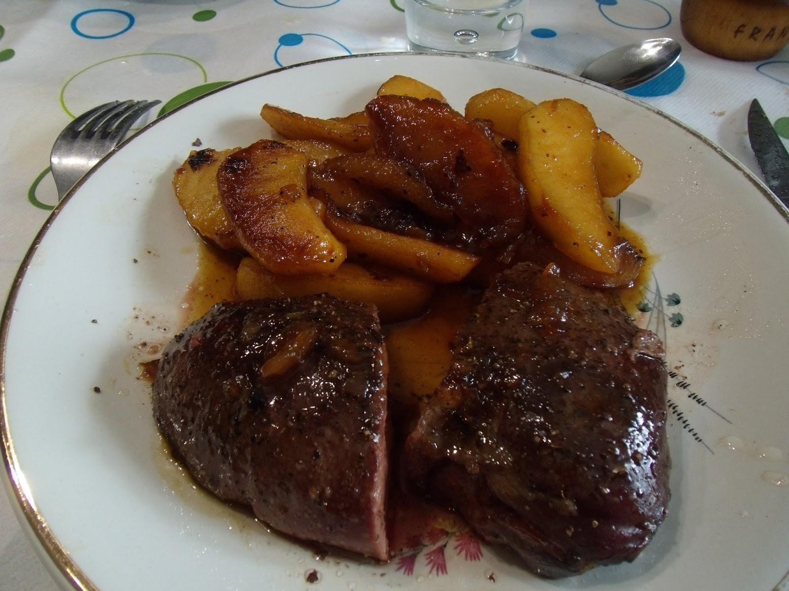 Saze66cuisine magrets de canard au miel et vinaigre de framboise et pommescaram lis es - Cuisson magret canard au four ...