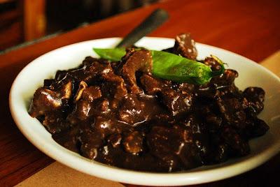 sarap-filipino-dinuguan-recipe
