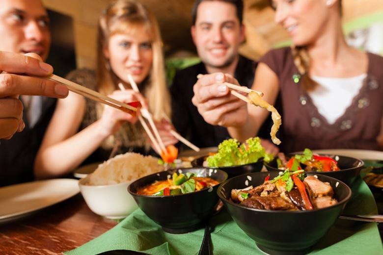 ¿Comer desordenadamente afecta la salud?