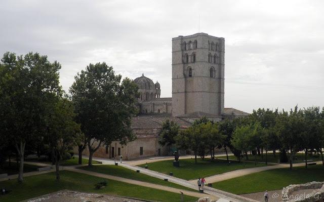 Torre del Salvador y Cimborrio