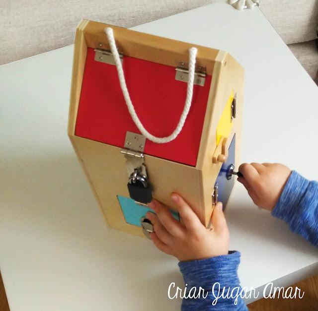 Los materiales y las actividades Montessori deben reunir las siguientes características