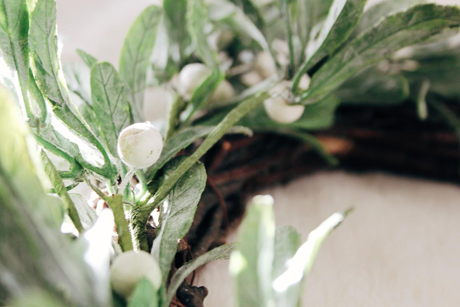 paperchase mistletoe wreath