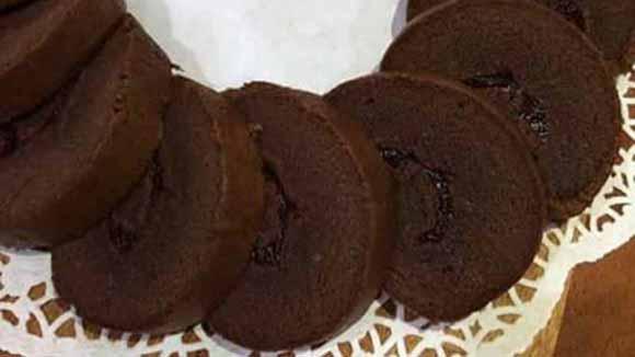Resep Membuat Swiss Roll Cake Coklat Murah Meriah Super Moist, Lembut, Enak dan Nyoklat Bangeeeet