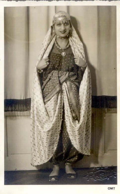 Local Style Turkish Beauties Of The 1930s In Traditional