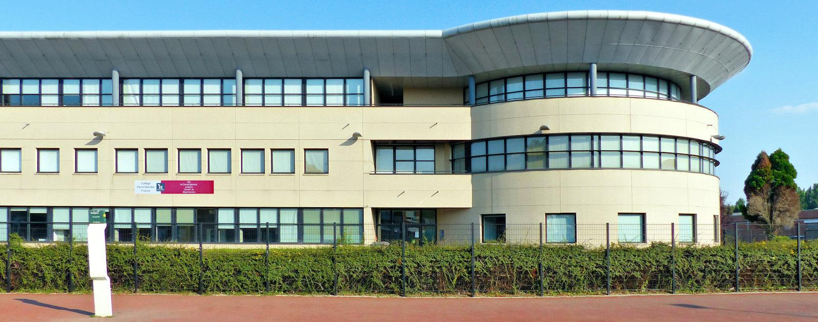 Collège Mendès France, Tourcoing - Rue de Soissons.