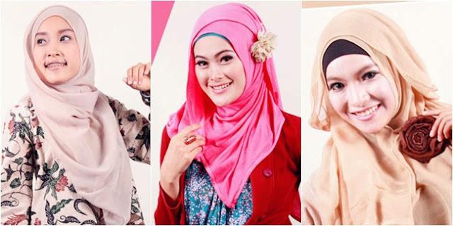 Tutorial Hijab Segi Empat yang Praktis Namun Tetap Modis