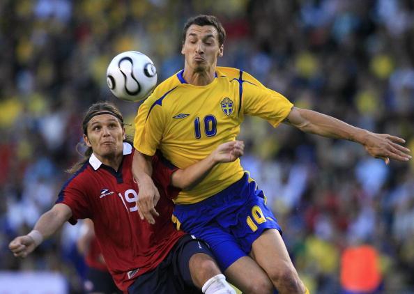 Suecia y Chile en partido amistoso, 2 de junio de 2006