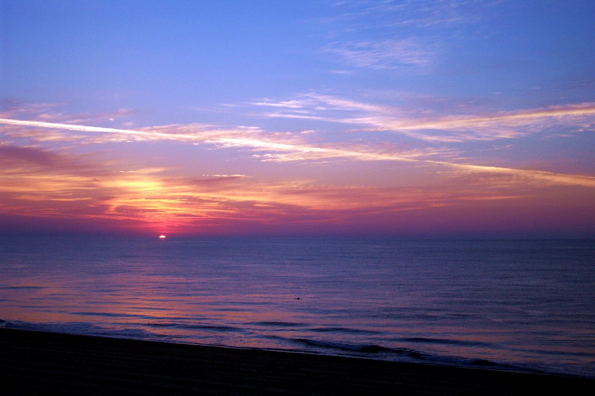"Image ""OC SUNRISE 2006_1.JPG"" ©2013 K. R. Smith - www.theworldofkrsmith.com - may be used with attribution"