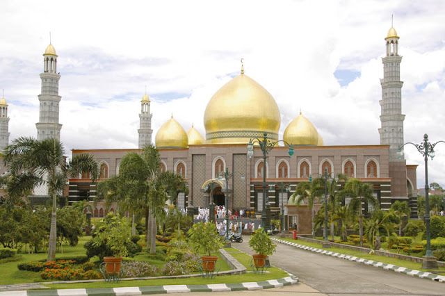 Masjid Kubah Emas | Golden Dome Mosque